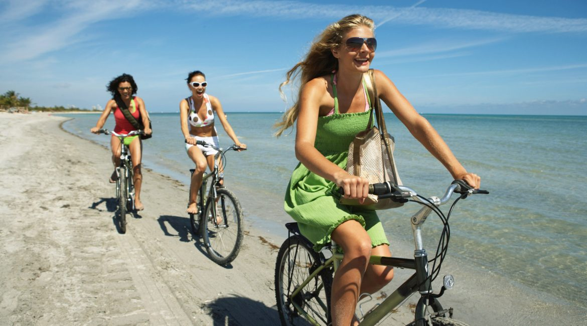 how-to-plan-an-active-getaway-with-friends