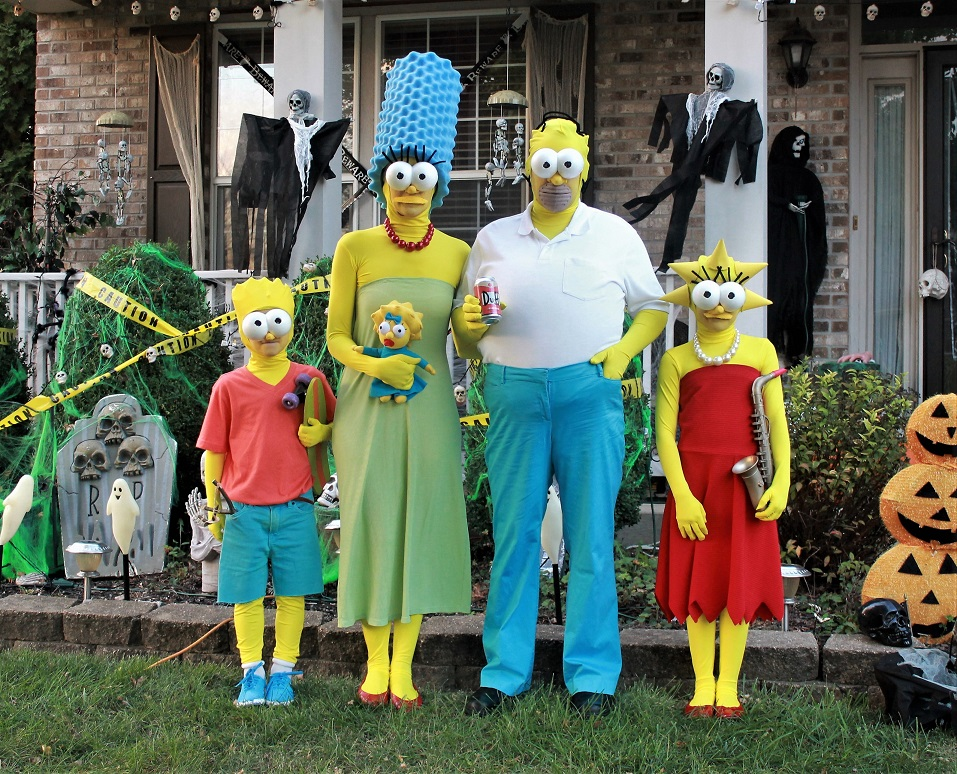 The Simpsons Family submitted by Adrienne S. & Forrest Gump u0026 The Simpsons Star in Crispy Greenu0027s 6th Halloween ...